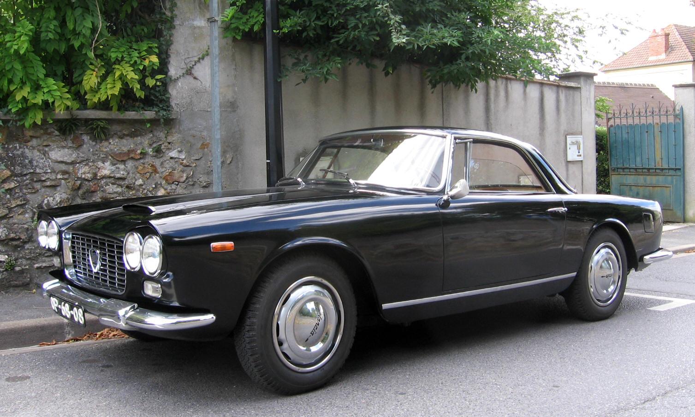 http://www.autodrome.fr/Lancia%20Touring%20noire%20006.JPG