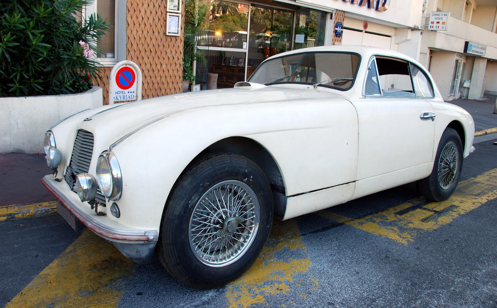 Classic Cars Sold By Autodrome Paris Amp Cannes Lamborghini