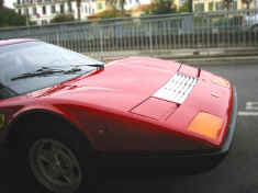 ferrari_365gt4bb_red_profile_detail.jpg (160766 octets)