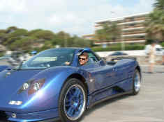 pagani_zonda_moscow-blue_moving.jpg (193256 octets)