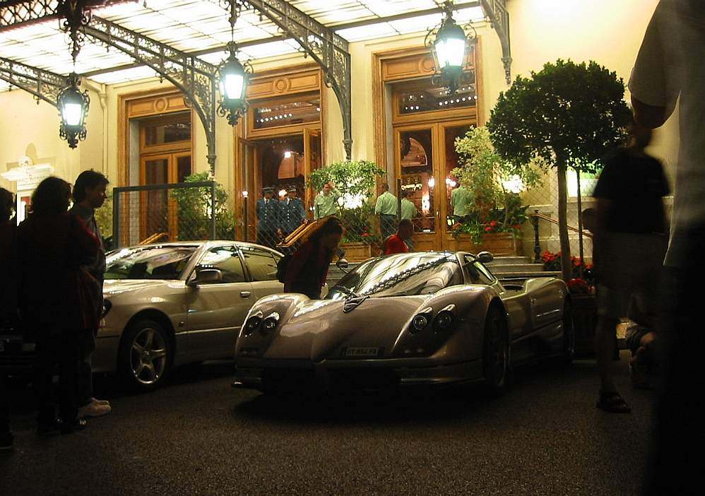 pagani au grand prix de monaco 2003 la zonda c12s en vedette. Black Bedroom Furniture Sets. Home Design Ideas