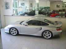 porsche_996_gt2_ruf_showroom_profile.jpg (184350 octets)